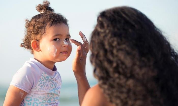 Kem chống nắng cho trẻ em