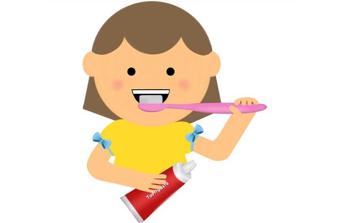 Kem đánh răng cho bé nuốt được